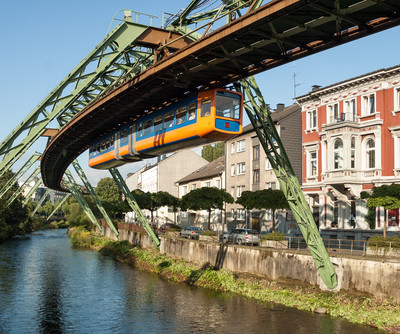Suspended Railway, Wuppertal | © Photo: Shutterstock