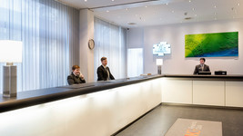 Holiday Inn Berlin City West reception