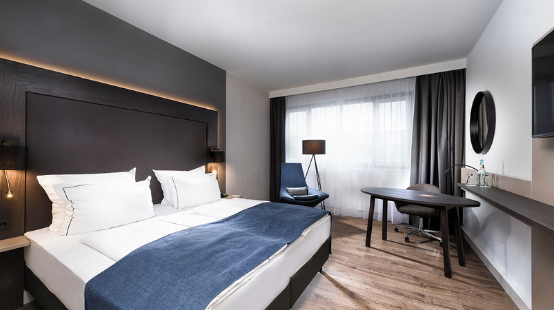 Holiday Inn Berlin City West Executive Room
