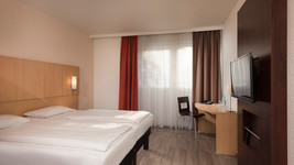 ibis Hotel Dortmund West twin bed room