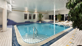 Tryp by Wyndham Bad Bramstedt Swimming pool