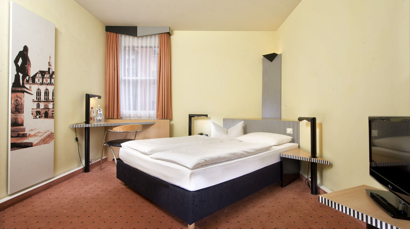 Tryp by Wyndham Halle double room
