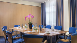 Tryp by Wyndham Luebeck Aquamarin Meeting room