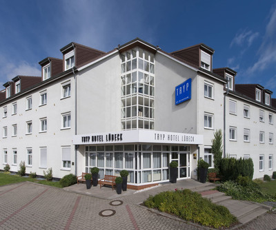 Tryp by Wyndham Luebeck Aquamarin Exterior