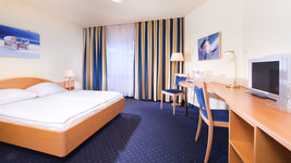 Tryp by Wyndham Luebeck Aquamarin comfort room