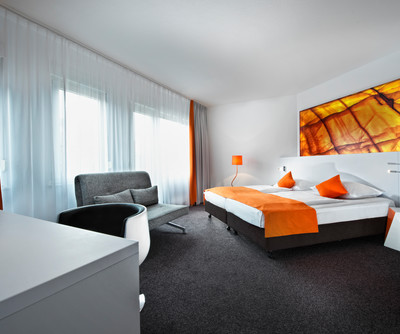 Wyndham Garden Duesseldorf City Centre Koenigsallee Double Room
