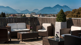 Wyndham Grand Salzburg Conference Club Lounge Terrace